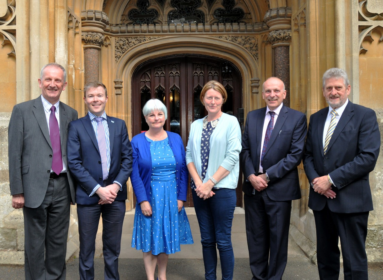 Councillors meet with First Bus to discuss future plans